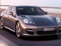 Porsche Panamera 4.8 AT Turbo S.