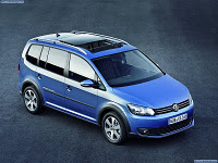 Минивэн Volkswagen Cross Touran 1.4 TSI MT